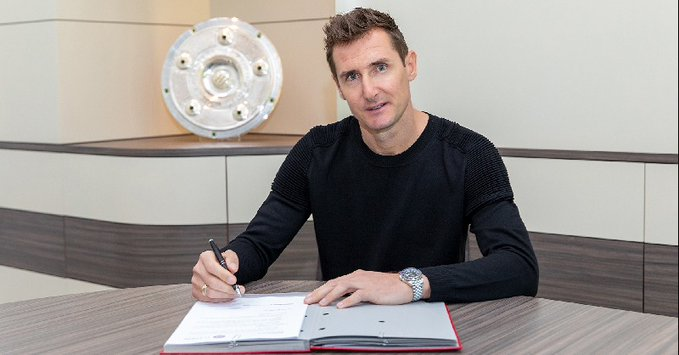 Miro Klose inizierà questa nuova avventura con il Bayern Monaco.  Lex attaccante della nazionale tedesca ha firmato un contratto di un anno (Ph. Zimbio)